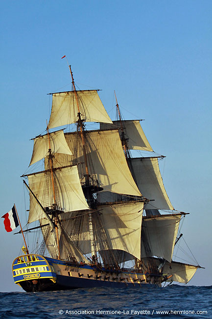 l'Hermione sets sail for America! Courtesy www.hermione.com