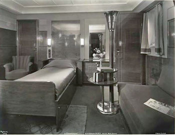 La Normandie first class stateroom.  Photo courtesy Wikipedia.